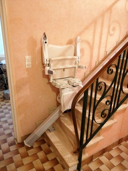 Monte escalier droit replié à Muzillac